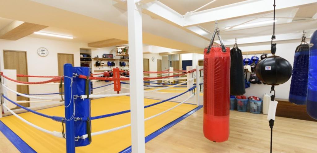 【亀有】亀有駅周辺のおすすめフィットネスジム・パーソナルトレーニングジムをご紹介!_マナベボクシングジム